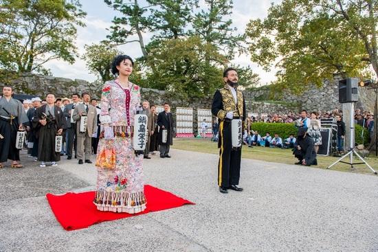 今年の栄子様(11代佐賀藩主鍋島直大婦人。)は誰でしょう?こちらはお楽しみに♪